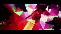 AANKH PE CHASHMA DAAL KE Video Song   BABUJI EK TICKET BAMBAI   Rajpal Yadav,Bharti Sharma (2)