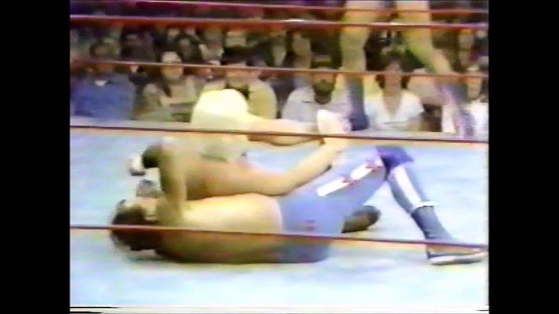 Buddy Rose/Sheepherders vs Roddy Piper/Rick Martel/Dutch Savage (Portland 1980)