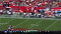 Foot US :  Le quarterback de Tampa Bay esquive 324 défenseurs
