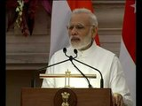 PM Modi & PM Lee Hsien Loong of Singapore at Joint Press Meet PMO India welcome PMO Singapor