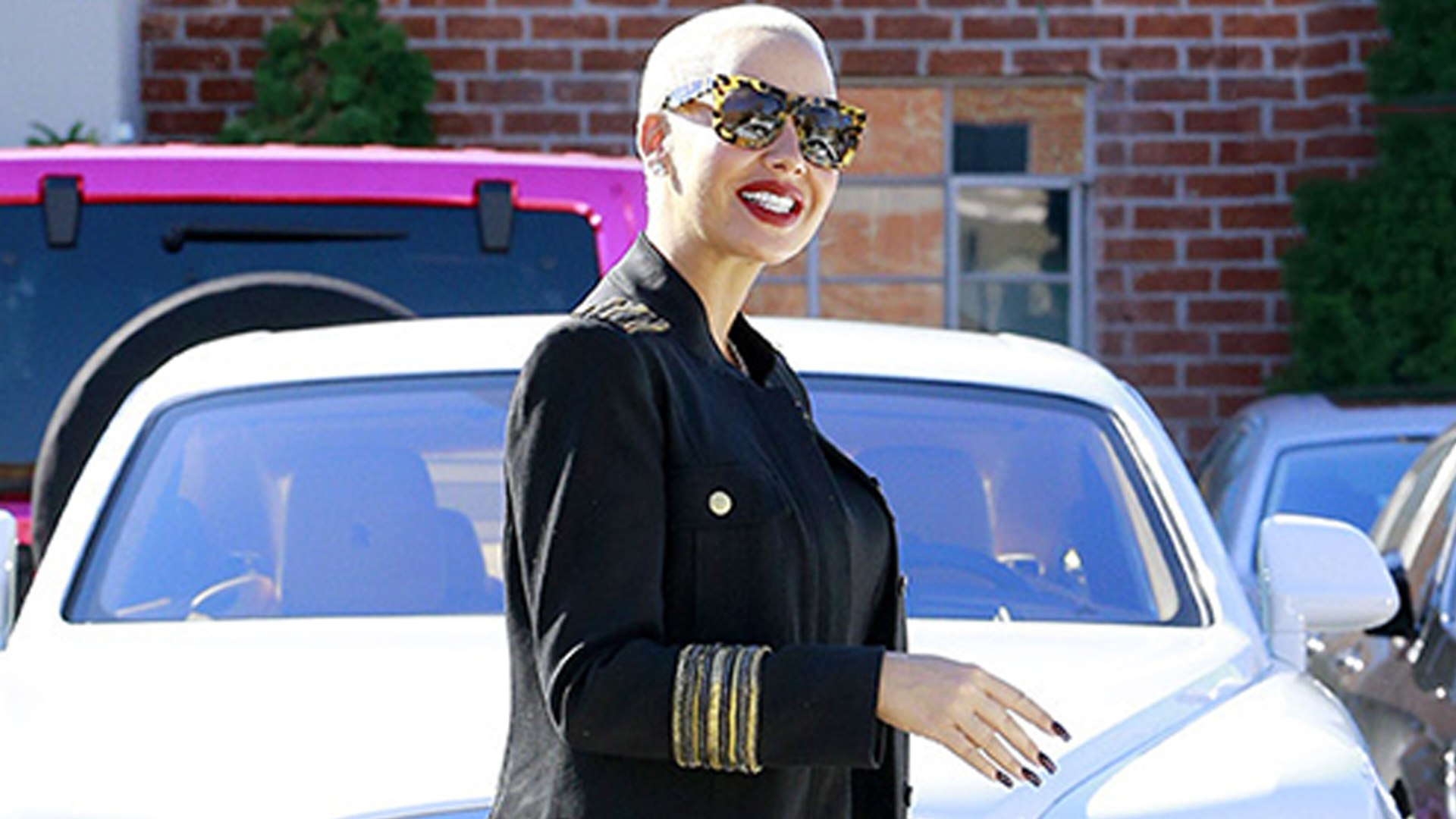 Amber Rose Gets in Scary Car Crash in Rolls Royce