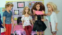 Barbie Leticia sai do Hospital e vai para Casa Com a Bebe!!! Em Portugues Parte 52 Tototoykids