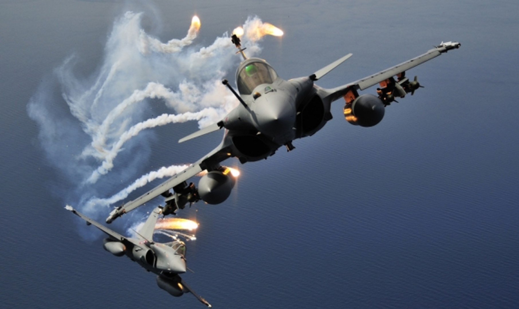 Rafale Fighter in Action || The Best fighter ever (MUST WATCH)