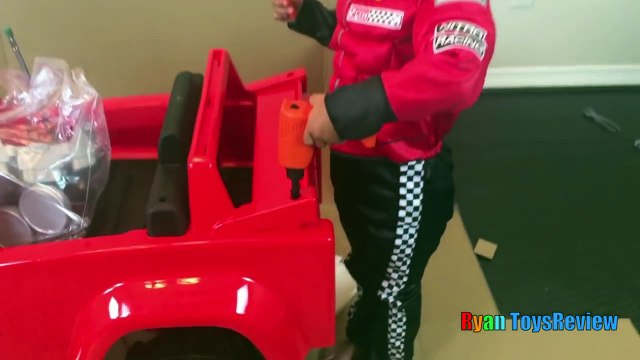 Power Wheels Ride on Car and Truck for Kids  Blaze and the Monster Machines Unboxing and Ridingabc