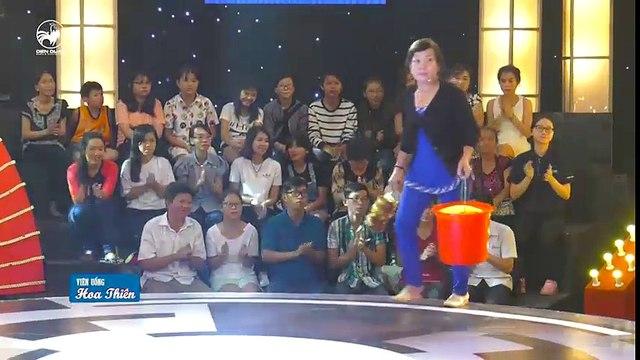 """Thách thức danh hài 3 - tập 3- hát vọng cổ chế Mị Châu - Trọng Thủy, cô Huệ khiến giám khảo """"mê mệt"""""""