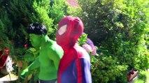 Spider-Girl Rosa apaixonado com HULK! w Spiderman, Elsa Frozen, Joker, Lady Hulk & Bubble Gum