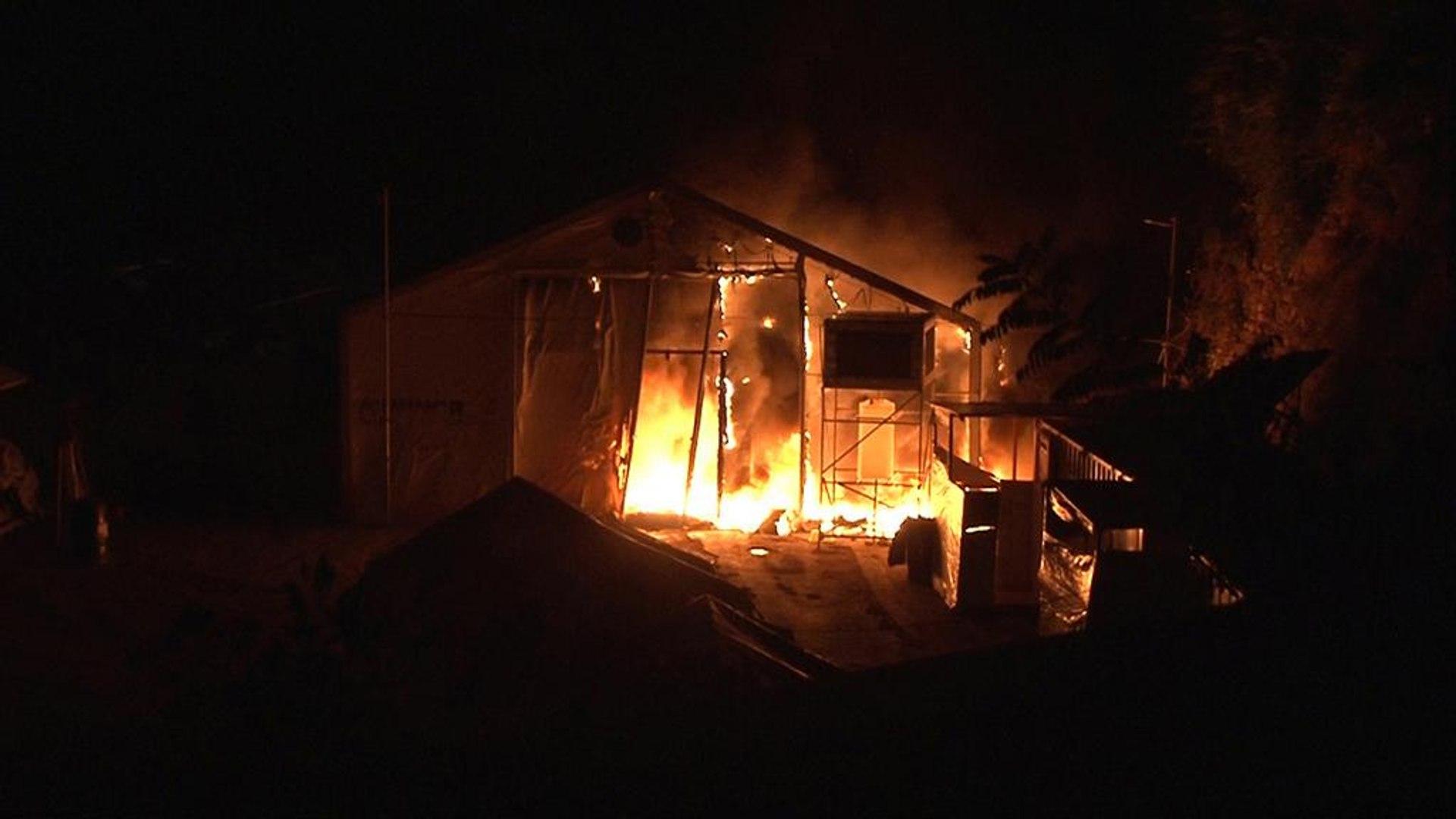 هجوم على مخيم للاجئين في جزيرة كيوس اليونانية