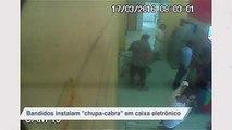 """Bandidos instalam """"chupa-cabra"""" em caixa eletrônico"""