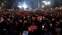 I sudcoreani tornano a manifestare contro la presidente Park Geun-Hye