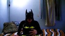 | HAMİLE BATWOMEN BATMAN üzerinde Spiderbaby şaka çalış Real Life Süper Kahramanlar