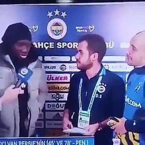 Demba Ba FB Tv'yi Trolledi!