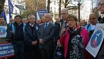 Associations pro-aéroport manifestent à Paris