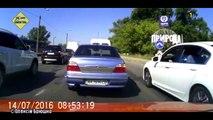 Accidents de voitures en Ukraine.. Pire que les russes !!