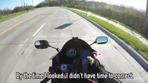 Ne jamais regarder son portable à moto... Bim, grosse gamelle