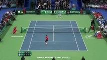 Superbe lob entre les jambes de Del Potro vs Cilic | Finale Coupe Davis