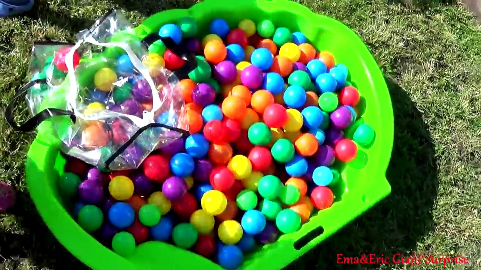 Learn Colors for Kids Children Toddlers - Playground Ball Pit Show for Kids - Learning Video Part 1
