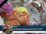 Rusos rinden homenaje a Fidel Castro en la embajada en Moscú