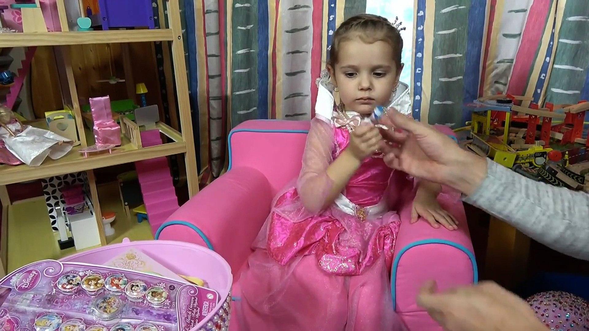 Принцессы Дисней Катя Принцесса Аврора и много прикольных аксессуаров для девочек Disney Princess 29.11.2016