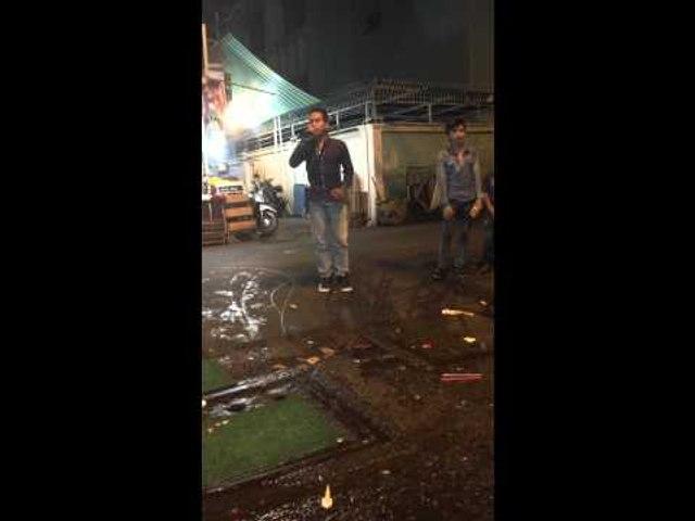 Hot Boy Kẹo Kéo song ca nghệ sĩ đường phố