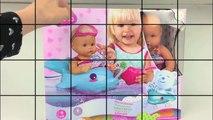 BABY POP FILMPJE LUIER VERSCHONEN BADJE SPEELGOED FILMPJE BABY DOLL NENUCO CHANGE DIAPER BATH TUB