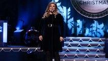Kelly Clarkson Slays 'Run Run Rudolph' At CMA Country Christmas
