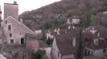 Lot : Saint-Cirq Lapopie, propriétaire de la maison d'André Breton