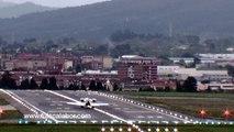 Scary Plane Landing in BilbaoLEBB. Spain High winds rock plane as it lands