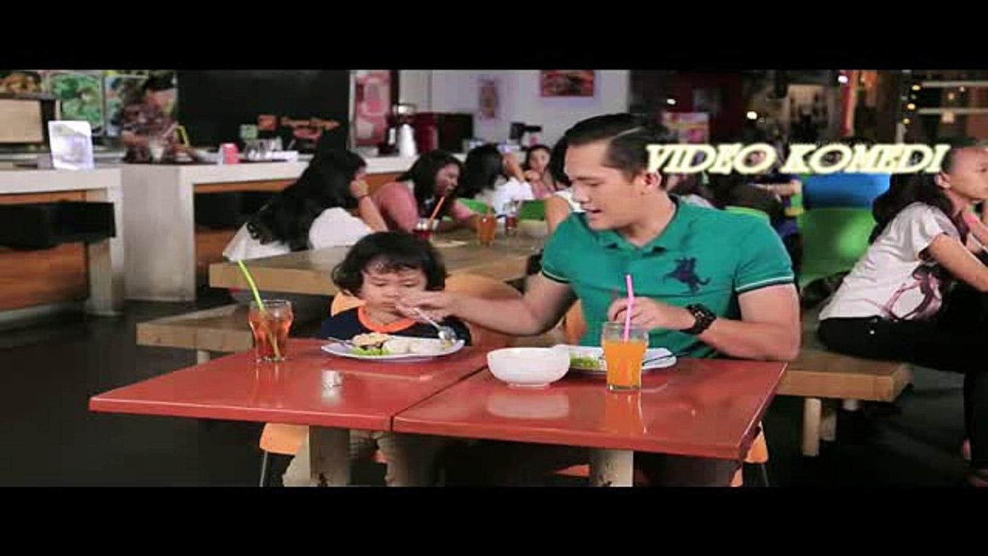 komedi instawa - perbedaan papa dan mama di food court