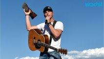 Country Artist Granger Smith Falls From Stage, Breaks Ribs