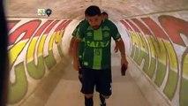 Hommage aux joueurs de Chapecoense : leurs derniers adversaires entrent sur le terrain avec les maillots échangés à la fin du match