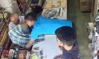 Deux enfants volent discrètement de l'argent à un vieux commerçant dans son magasin !