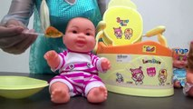 Baby Doll Eating Food | Frozen Elsa Baby Doll Potty Training Poops | Poop Fun Potty Toy Video