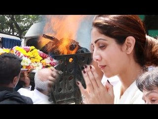 Shilpa Shetty's Father's FUNERAL Video - Akshay Kumar, Abhishek Bachchan, Salim Khan