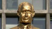 """Israel: """"Denkmal"""" für Benjamin Netanjahu sorgt in Tel Aviv für Aufsehen"""