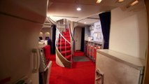 Une réplique d'avion 747 dans sa maison en taille réelle !!! Panam