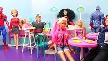 Frozen Anna Gets POWERS from Spiderman Mind Reading Elsa Barbie and Merida Dolls DisneyCarToys