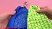 Défilé de mode – Cendrillon essaye les robes/jupes de la reine des neiges Elsa et de sa sœur Anna
