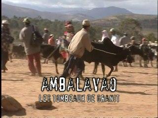 Latitude Malgache - Ambalavao. Les tombeaux des rois - Madagascar