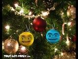 Deux boules s'éclatent, carte joyeux Noël et bonne année, humour, carte voeux virtuelle