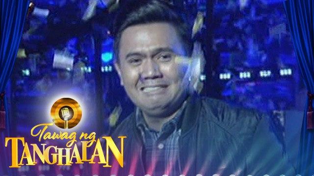 Tawag ng Tanghalan: Angelo Ramos steals the golden microphone from Nestor Mateo