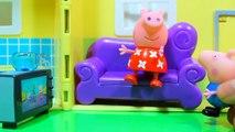 Свинка Пеппа ДОКТОР Делает укол Видео для детей Шприц Мультики для девочек Игры на русском Peppa Pig