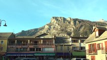 Hautes-Alpes : La patinoire semi-artificielle de Pont-du-Fossé n'est pas touché par le manque de neige dans la vallée du