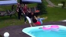 Une fille attaque un homme dans une émission de télé-réalité russe