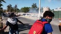 Encapuchados lanzan petardos a cuartel militar mexicano