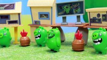 Angry Birds TNT Invasion Playset with Red Bird and Bomb Explosion of Bad Piggies City Using TNT