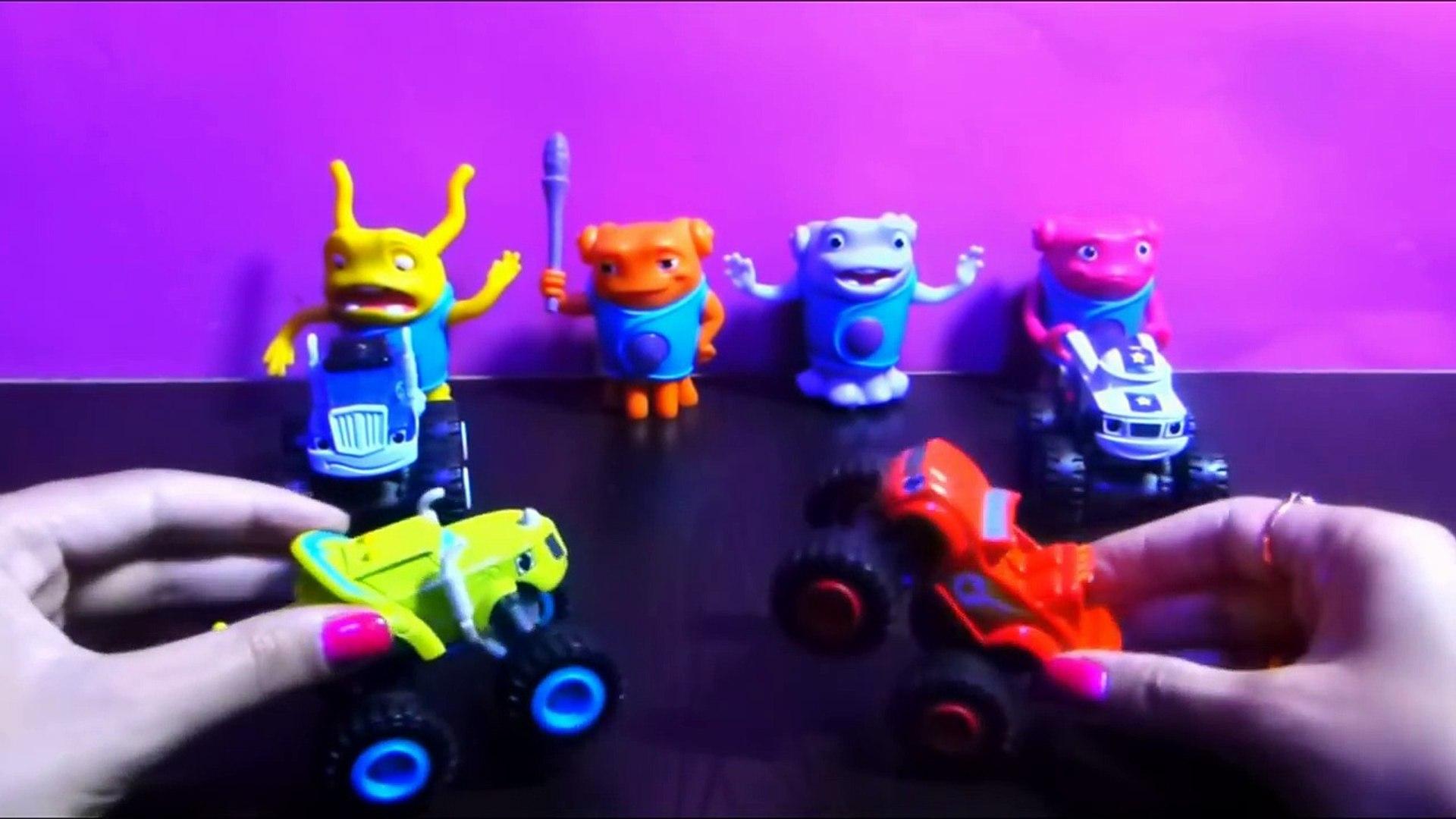 Вспыш и чудо машинки Чудо игрушки - Blaze The Monster Machines TOYS - kinder surprise tv