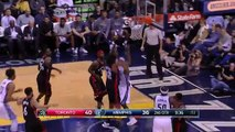 Vintage Vince Carter Spins to a 360 Reverse Lay-Up!   01.25.17