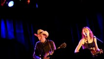 Gillian Welch & David Rawlings - Snowin in Raton(Townes Van Zandt)