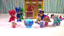 Paw Patrol & PJ Masks Get Toy Surprises from Magical Vending Machine | Fizzy Toy Show
