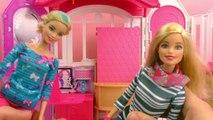 Barbie Glam Maison de vacances | Appartement avec 3 chambres et plein de petits accessoires | Démo